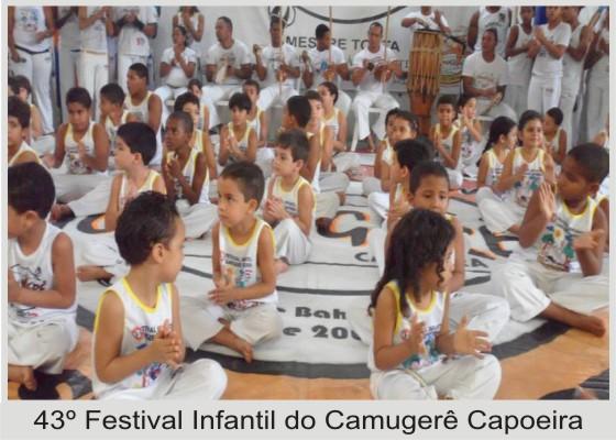 Centro de Ensino Camugerê Capoeira agregando valores à comunidade de itapuã.
