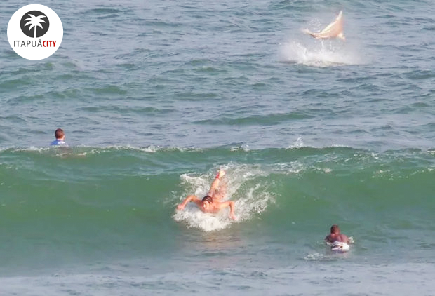 Suspeita de tubarão em mar de Itapuã surpreende surfistas