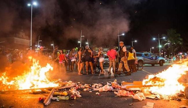 Praça Dorival Caymmi: É com repressão ou com qualificação que chegaremos ao ordenamento?