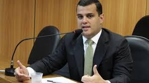 Alex Lima Quer Reservar Espaço Para Mulheres No Transporte Público De Passageiros Da Bahia