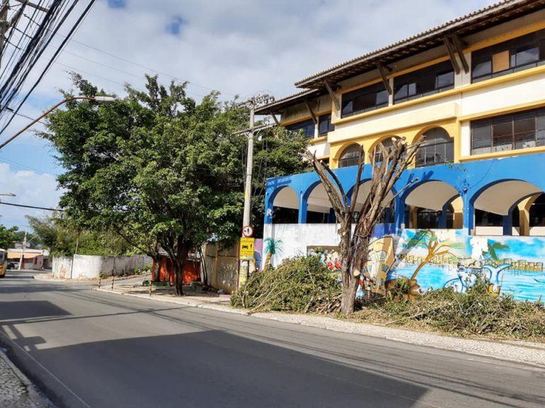 Prefeitura não conclui serviço e gera transtorno e insatisfação em Itapuã