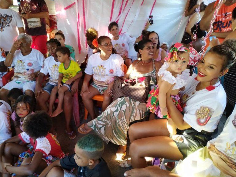 Da Lagoa do Abaeté para a Sapucaí: conheça as Ganhadeiras de Itapuã