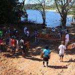 Replantio e música marcam manifestação popular contra obras no Abaeté